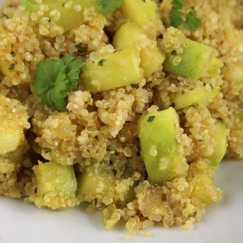 Bučka s kvinojo